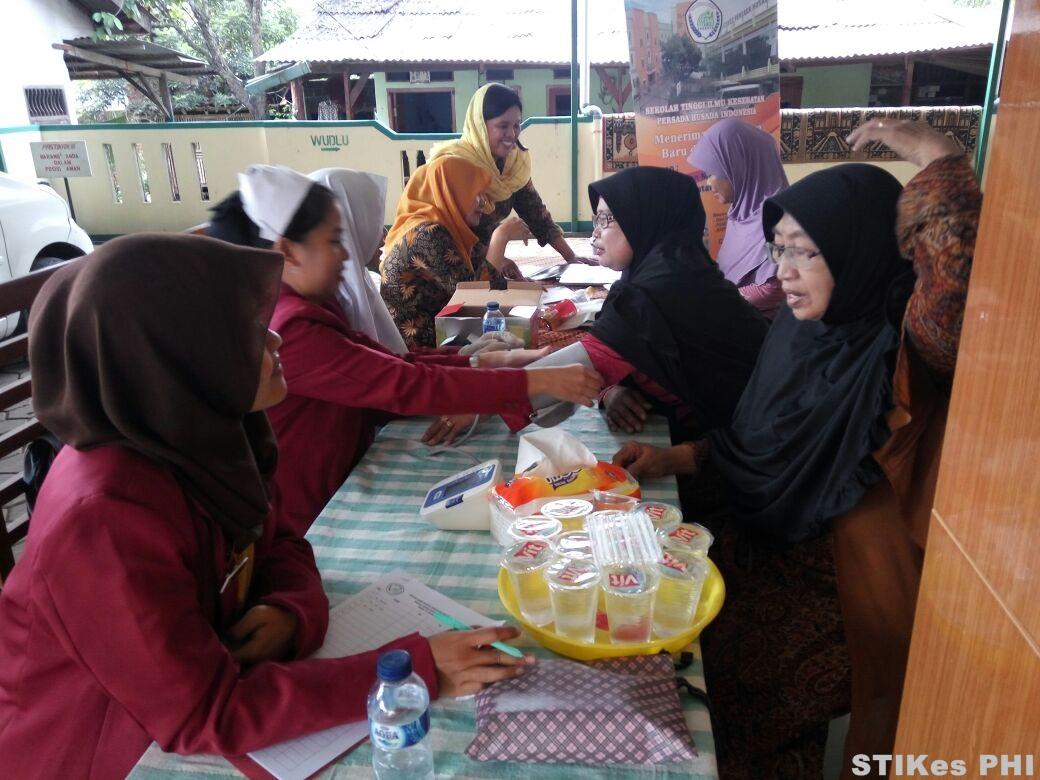 pemeriksaan-kesehatan-gratismajelis-maklim-masjid-jami-darul-wasiah-kp-payangan-bekasi-8